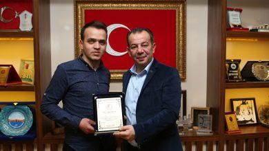 Photo of Bedensel Engelliler Spor Federasyonu'ndan Başkan Özcan'a teşekkür plaketi