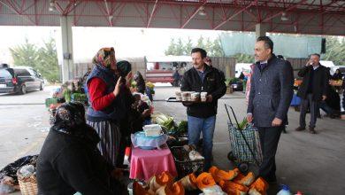 Photo of Bolu Belediyesi pazar esnafının içini ısıttı